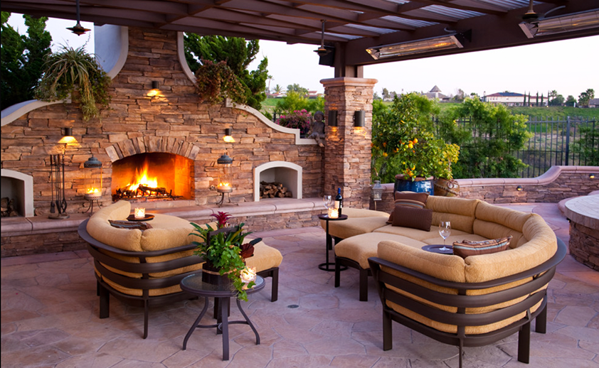 Los Angeles patio with wall mounted W-Series heaters. Photo via R. Johnston Interiors.