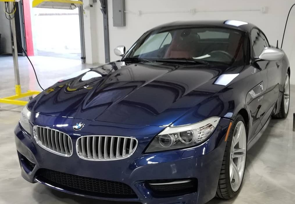 BMW Z4 cured with Infratech Model S-2002 medium wave system.