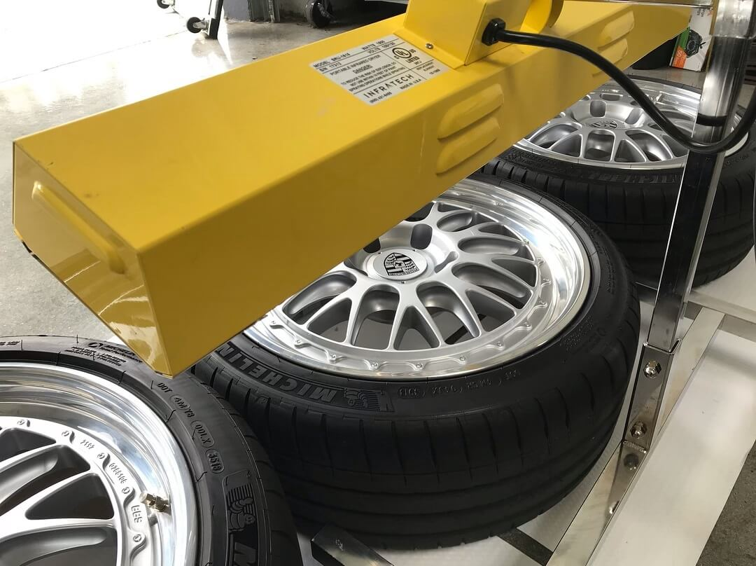 Curing a set of wheels with a Gyeon Quartz ceramic coating.