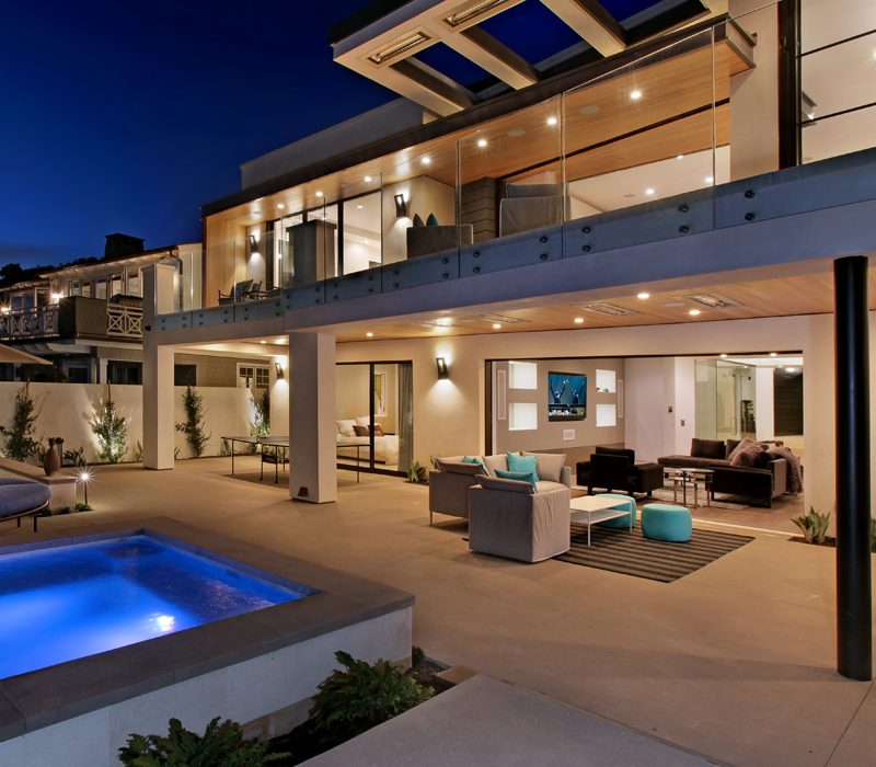 Costa Mesa, CA architecture firm Brandon Architects used Infratech heaters on this beautiful home.